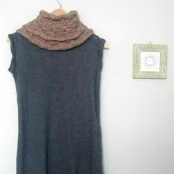 Crochet shell stitch infinity scarf, loop scarf, cowl in oatmeal